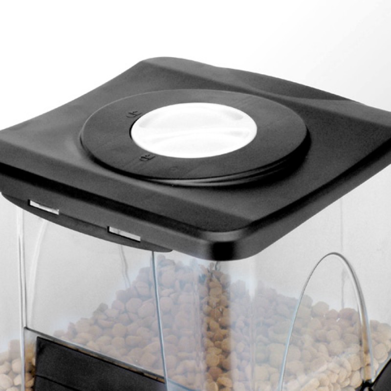 Pet-proof lid lock - prevents pet from over eating